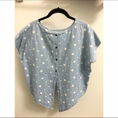 Starry Batwing Top Denim batwing top with white stars, cropped in the front + a batwing, buttoned back. Fits a size small. Worn twice. Open to offers and questions! Zafsi Blings Tops Crop Tops