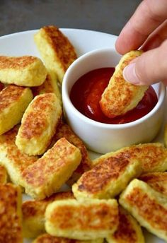 Home Discover 5 ingredient baked cauliflower tots recipe via justataste com Baby Food Recipes Low Carb Recipes Cooking Recipes Healthy Recipes Soup Recipes Radish Recipes Simple Recipes Party Recipes Veggie Recipes Baby Food Recipes, Low Carb Recipes, Cooking Recipes, Soup Recipes, Radish Recipes, Party Recipes, Recipies, Dinner Recipes, Party Snacks