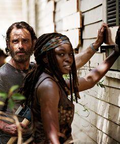 "Rick & Michonne 5x07 ""Crossed"""