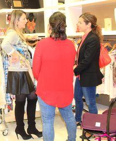 De Cielo Palma Showroom otoño-invierno - Cuano termina el showroom, nuestra personal shopper atiende las dudas y aconseja a todas las asistentes al showroom. www.palmashoppers.com