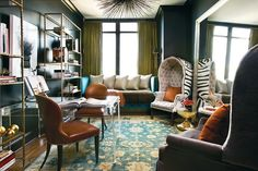 office space of the day… sophistication and high gloss glamour