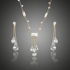 Cheap jewelry sets, Buy Quality drop jewelry sets directly from China drop set Suppliers: AZORA Elegant Gold Color Stellux Austrian Crystal Water Drop Earrings and Pendant Necklace Jewelry Sets Cute Jewelry, Jewelry Sets, Women Jewelry, Fashion Jewelry, Fashion Earrings, Pretty Outfits, Beautiful Outfits, Bar Necklace, Pendant Necklace