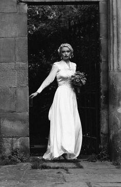 Vintage Wedding Show 1930s bride St Stephen's Street, Edinburgh www.vintageweddingshow.co.uk