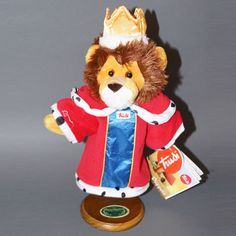 """king Puppet 