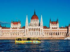 #Budapest Autobús Flotante http://navioviajes.wordpress.com/2014/07/03/budapest-viaja-en-autobus-flotante-haz-un-crucero-por-el-danubio-desde-10-e-o-utiliza-la-tarjeta-turistica-por-16-e/
