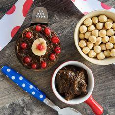 Budinca raw vegan cu ciocolata si alune de padure - Arome de poveste Nutella, Raw Vegan, Garlic, Breakfast, Desserts, Banana, Morning Coffee, Tailgate Desserts, Deserts