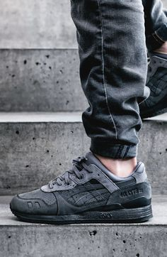 Asics Gel-Lyte III Dark Grey #sneakernews #Sneakers #StreetStyle #Kicks