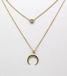 COLLAR DOBLE LUNA INVERTIDA/CIRCONITA El pack se compone de 2 collares, uno con la luna invertida de 15 mm y el otro de circonita de 5 mm en plata de Ley con baño de oro. Tienen diferentes longitudes para que estén a diferente nivel. Longitud:40 y 45 cm. Gold Necklace, Stone, Silver, Jewelry, Fashion, Role Models, Gold Plating, Silverware Jewelry, Anklets