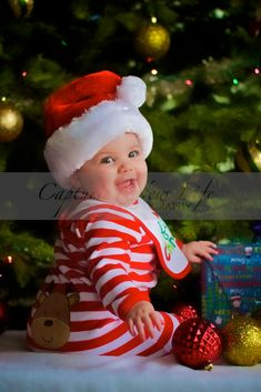 Baby's First Christmas- I want to do this ..