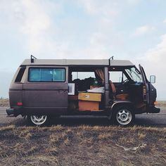van-life: Model: Vanagon Wolfsburg 85' Location: Bozeman, MT Photo; vanajeros // iamaidan.com