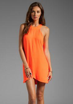 love this orange dress!