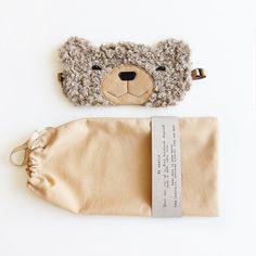 Bear sleep mask: sleep eye mask best Christmas gifts by szududu , – Sewing Projects Best Valentine's Day Gifts, Best Mothers Day Gifts, Best Travel Gifts, Best Christmas Gifts, Christmas Fun, Gifts For Mom, Diy Purse Projects, Diy Sewing Projects, Valentines For Mom