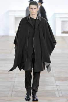 """PFW11: dior homme AW11... """"love the poncho"""" Emerson Wilde"""
