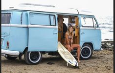 "1,315 Likes, 4 Comments - VW BUS COMMUNITY (@vwbusner) on Instagram: ""Living together in a bus go Checkout  @friedi_bipol Photographer : @fabiocamandona @simonapilolla…"""