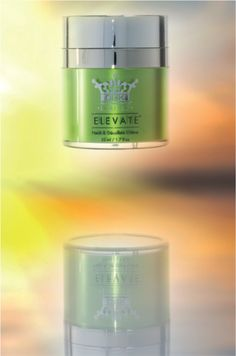 Elevate ~ Neck & Decollété Crème with revitalising bio-energy ingredients and a warming thermogenetic effect. This helps to tighten the neck and decollété tissue very quickly.