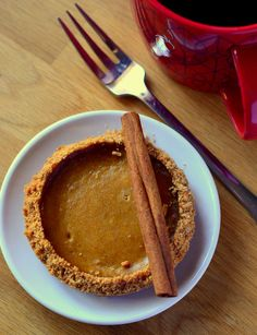 Individual Pumpkin Pies | Baking Bites #thanksgiving #pie #pumpkinpie
