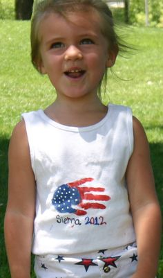 DIY Craft: 4th of July Handprint Tshirt also adorable because u can give it to your grandparents