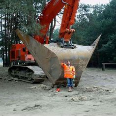 Hell of a big ditching bucket