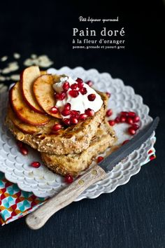 French Toast with Apple, Pomegranate, and Greek Yogurt