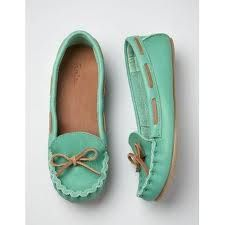 want these mint mocs quite badly!