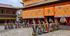 Losar_Langmusi_1.JPG (700×364)  Losar (nouvel an tibétain)