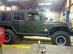 Jeep JKU Rubicon Frog 1 Build at Clayton Off Road Mfg. - Here is how it came to us.