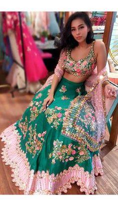 Beautiful Hand Embroidered hand made Raw silk Lehenga-Choli. Indian Bridal Fashion, Indian Wedding Outfits, Bridal Outfits, Indian Outfits, Indian Dresses, Pakistani Dresses, Indian Lehenga, Red Lehenga, Lengha Saree