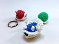 Turtle Shells from Super Mario Bros by Louis Mensinger (free pattern on Ravelry) Crochet Gratis, Crochet Geek, Crochet Amigurumi Free Patterns, Cute Crochet, Crochet Dolls, Super Mario Bros, Crochet Super Mario, Ravelry, Yarn Crafts