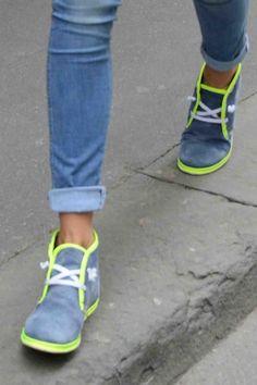 scarpe fluo