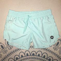 WOMANS BOARD SHORTS BLUE Woman BOARDSHORTS water proof perfect condition  Hurley Shorts Pantalones Cortos Para Mujeres 89f2689c36a