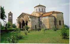 The Archaeology News Network: Concern over Hagia Sophia monument in Trabzon Christian World, Early Christian, Roman Latin, Byzantine Architecture, Archaeology News, Hagia Sophia, Art History, Barcelona Cathedral, House Styles