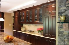 Traditional Built In Buffet Kitchen Design Ideas, Pictures, Remodel and Decor