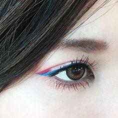DAZZSHOP(@dazzshop)さん   Twitter Cool Makeup Looks, Cute Makeup, Makeup Inspo, Makeup Inspiration, Skin Makeup, Beauty Makeup, Graphic Eyeliner, Colorful Eye Makeup, Glitter Makeup