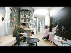 A Family of Six Live in a Old Apartment after a Make. Tiny Living, Living Area, Old Apartments, Asian Design, Small Places, Tiny Spaces, Beautiful Space, Minimalist Home, Home And Family
