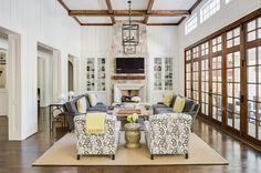 Transitional Ranch Home Design