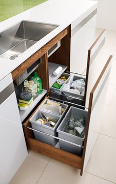 Kitchen: Space-saving waste separation: from Team 7 - Image 2 Kitchen Room Design, Kitchen Cabinet Design, Modern Kitchen Design, Home Decor Kitchen, Kitchen Furniture, Kitchen Interior, Kitchen Storage, Home Kitchens, Small Kitchen Sink