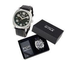 Luxusné značkové hodinky Pertegaz chránené minerálnym sklíčkom. Tento značkový produkt je chránený minerálnym sklíčkom. Minerálne sklíčko je najčastejšie používané sklíčko v hodinárskom priemysle. Je dostatočne odolné voči poškrabaniu a je odolnejšie voči rozbitiu ako zafírové sklíčko. Tieto luxusné analógové hodinky so strojčekom QUARTZ pre pánov majú moderný okrúhly dizajn a remienok vyrobený z PU kože (štiepenka). Hodinky sú vodeodolné do 30m. Smart Watch, Watches, Leather, Accessories, Smartwatch, Tag Watches, Clocks, Ornament