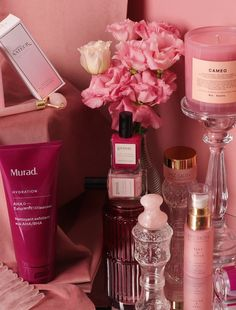 Cosmetic World, Look Good For You, Aesthetic Roses, Beauty Corner, Minimum, Occasion, Aesthetic Wallpapers, Favorite Color, Back To School