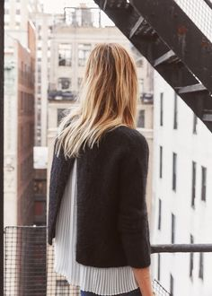 Pull Auguste - 7 days in New York  www.sezane.com  #sezane #7daysinnewyork #collectionautomne