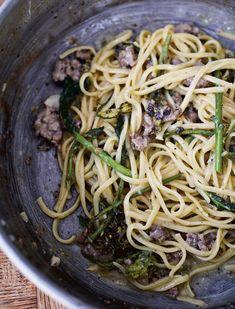 Jamie Oliver's Sausage Linguine - The Happy Foodie
