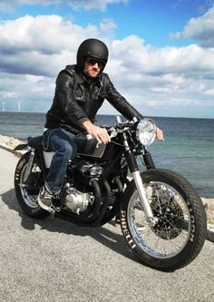 My friend and wingman Christian Boldreel just had these super cool pictures taken! It is such a nice bike, and he did it himself. ...
