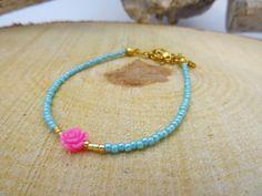 Minimalist bracelet ,flower bracelet,dainty bracelet,delicate bracelet,boho chic bracelet,bohemian bracelet,hippie bracelet,gypsy jewelry door HipLikeMe op Etsy https://www.etsy.com/nl/listing/263668406/minimalist-bracelet-flower