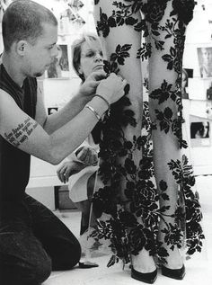 Alexander McQueen making magic........... my hero!