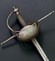 Espada de conchas de Francisco Ruiz. siglo XVII
