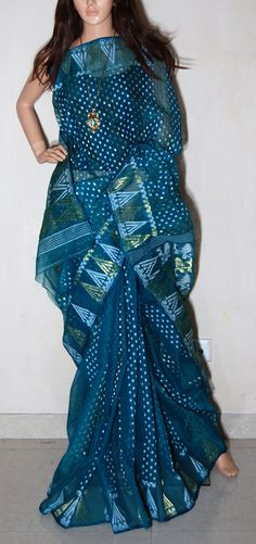 beautiful traditional wrap / saree  /sari .. from the cultutral heritage land of India