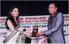 GLOBAL VISION wins the prestigious Dadasaheb Phalke Academy Award for outstanding work in the field of Cancer Care. Global Vision Cancer Care NGO Chairman Shri.D.B.Chand receiving the award from film artist Urmila Matondkar at the awards function held on 30th April 2013 in Mumbai.