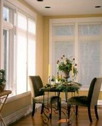 Use yellow in kitchens or dining rooms that catch the early morning sun to create a joyful setting to begin the day. Silhouette® window shadings ♦ Hunter Douglas window treatments
