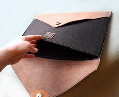 Caso de Macbook de cuero personalizado fieltro y por erikasleather