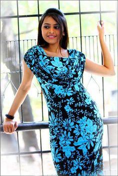 Actress Sri Divya Latest Cute Photoshoot Pics,Stills South Indian Actress Photo, Indian Actress Photos, Indian Actresses, Actress Pics, Tamil Actress, Stylish Girl Images, Stylish Girl Pic, Girl Fashion Style, Photoshoot Images