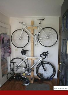Get numerous Exceptional Bike Storage Garage Bike Rack Garage Storage Ideas design ideas from Melissa Price to renovate your space. Indoor Bike Rack, Indoor Bike Storage, Bike Storage Small Space, Overhead Storage, Garage Organisation, Diy Garage Storage, Storage Ideas, Creative Storage, Garage Shelving